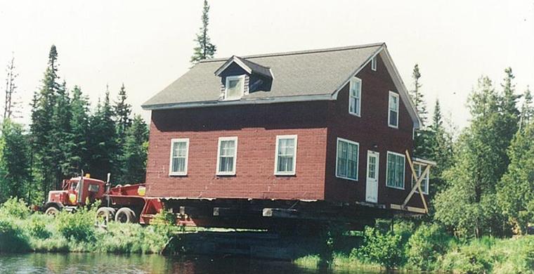 Projet de déplacement et transport de maison et bâtiment